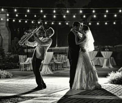 Een band of bruiloft DJ?