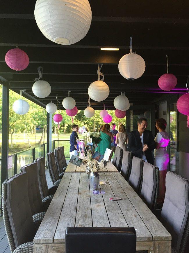 De decoratie in de Lodge van Restaurant Fox werd gedaan door Marion van Zutphen van Otherwize Weddings!