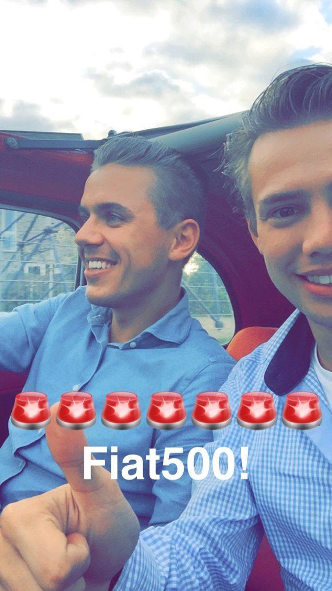 Onze eerste rit in de #fiat500 Op zoek naar een trouwauto? Neem snel contact op! :)