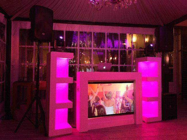 De Exclusieve DJ Show stond klaar voor Arnout en Stefano! Het was een topfeest!