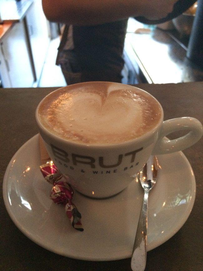 Aangekomen in Dordrecht, eerst een kopje koffie :-) ☕️