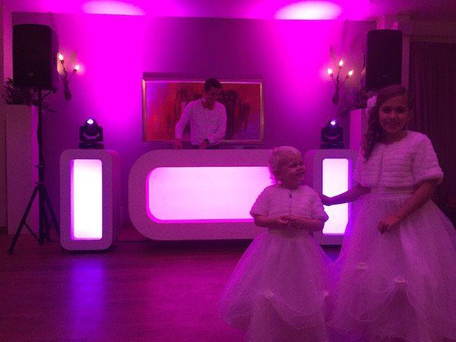 De bruidsmeisjes van Bas & Siegrid bij Hotel de Uitkijk in Hellendoorn! Ze zijn prachtig, niet? ??