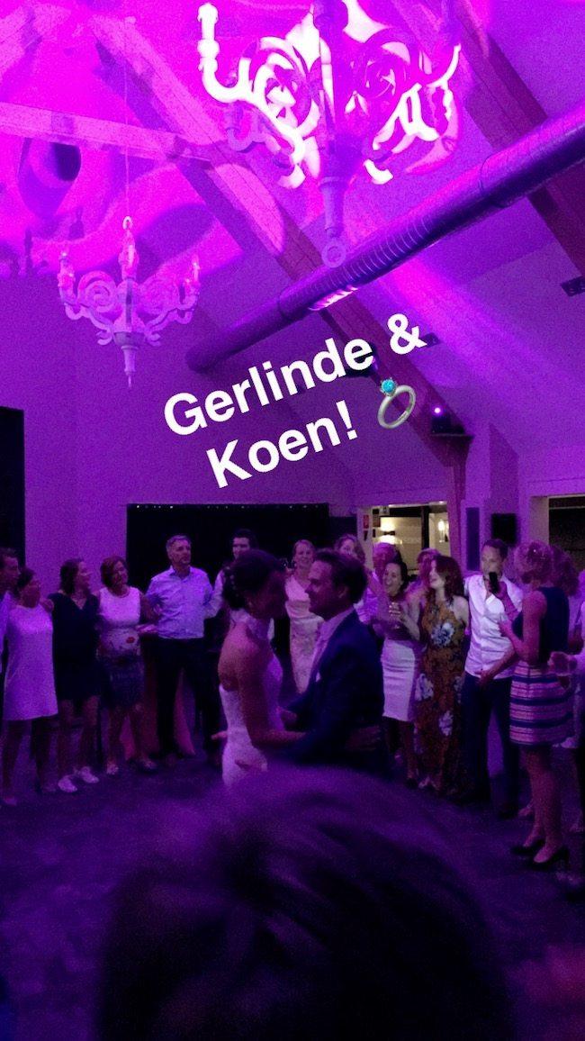 Het was een prachtig feest met als afsluiter een 'spotlight' momentje voor het bruidspaar! ??