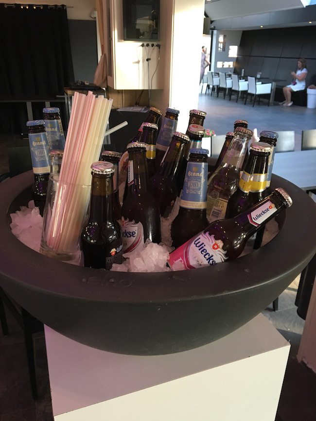 Ijskoude biertjes! Dat hebben ze bij Fox altijd goed voor elkaar! #Proost ?