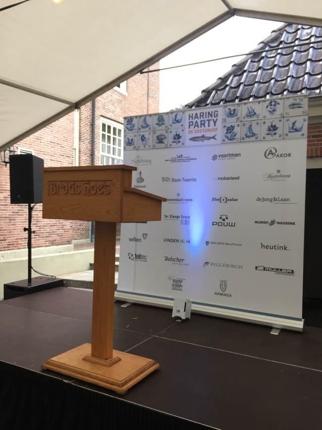 Donderdag begon onze 'werkweeek' met een Haringparty georganiseerd door Brodshoes & Bloemendal in Vorm bij Havezathe Oosterhof te Rijssen! ?