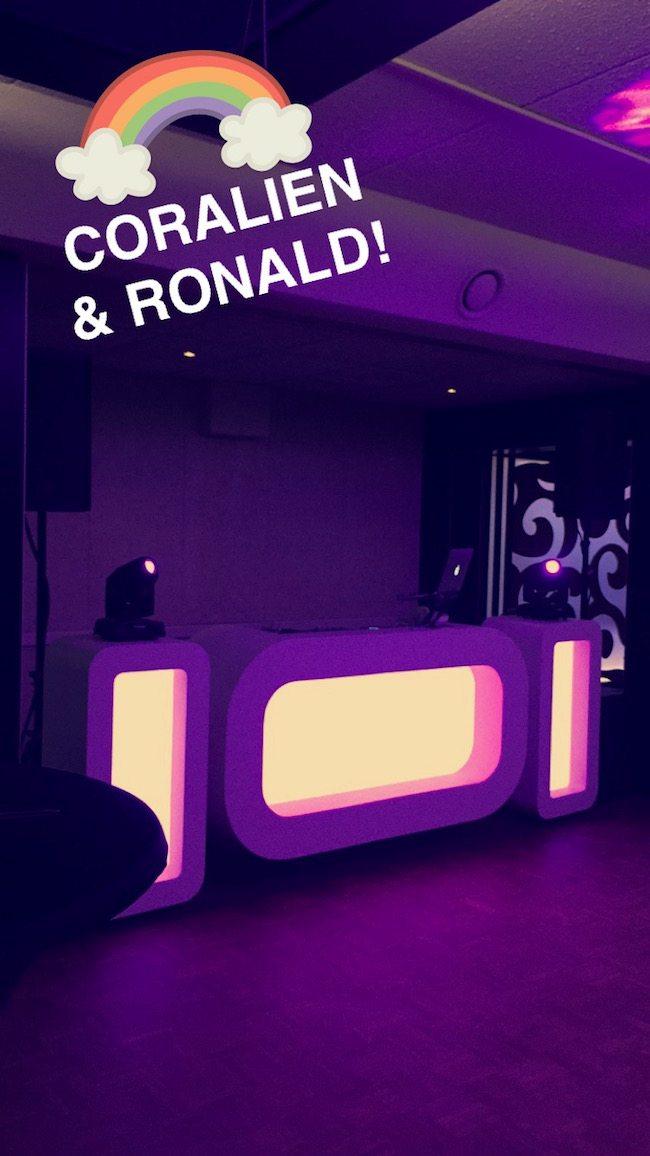 DJ Rutger stond in de Buitenherberg ter Linde op de bruiloft van Coralien & Ronald met de Oval DJ Show! ????