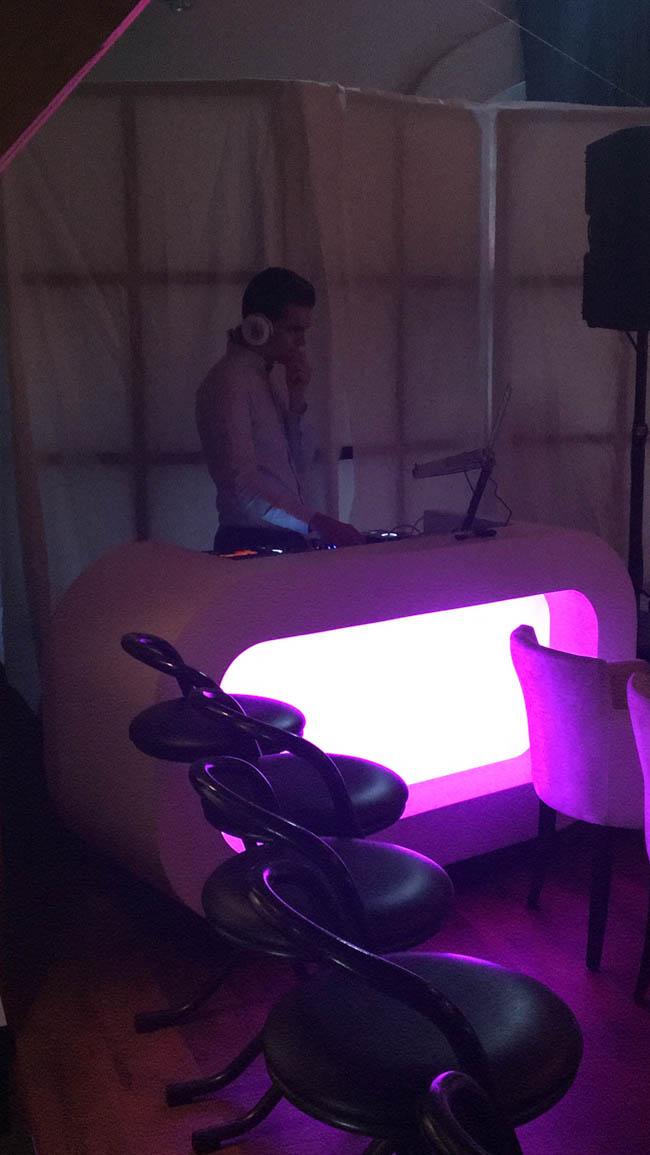 Tijdens de modeshow zorgt DJ Tom voor lekkere muziek! ??#primeurtje
