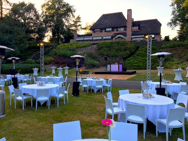 Daarna ging Menno door naar de Wipselberg in Apeldoorn voor het bedrijfsfeest van Demcon! Geheel buiten, hoe cool! :-)