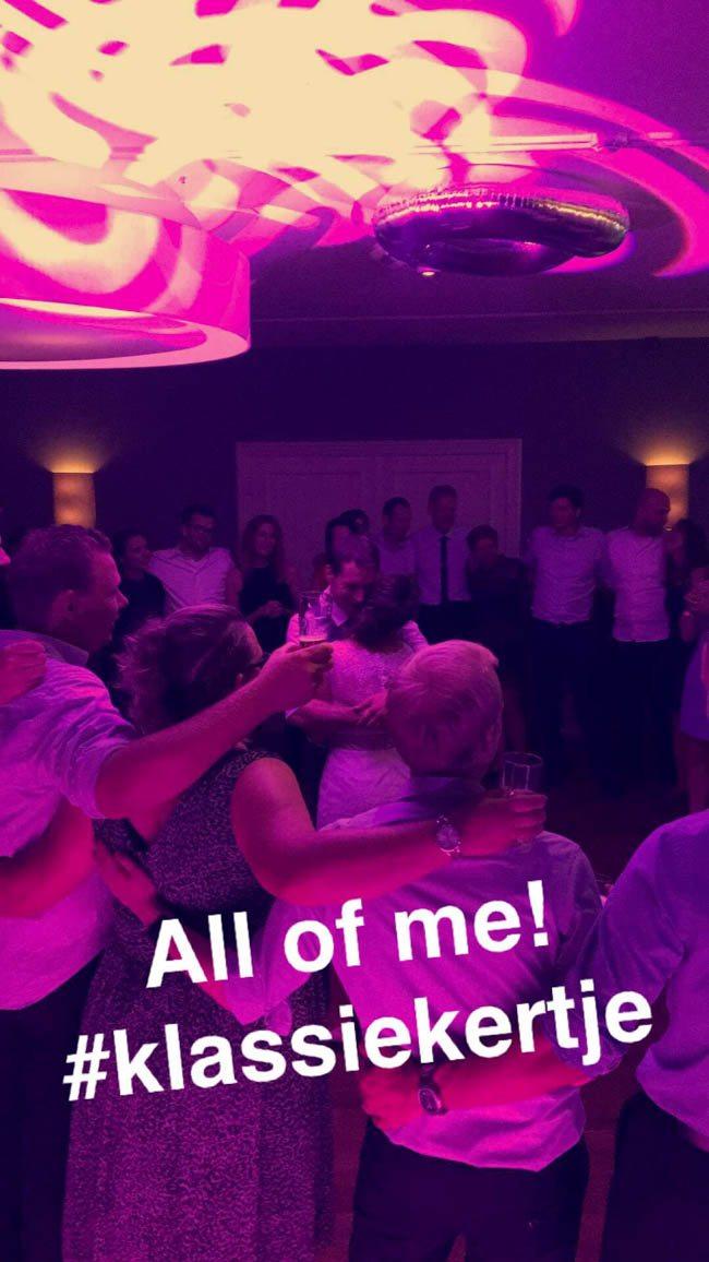 Op verzoek van het bruidspaar de perfecte afsluiting met 'All of Me' van John Legend! ☺️